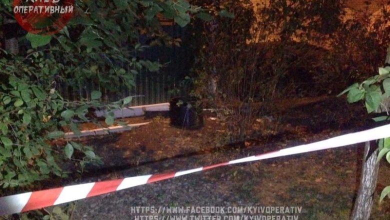 ВКиеве среди улицы отыскали взрывоопасный снаряд