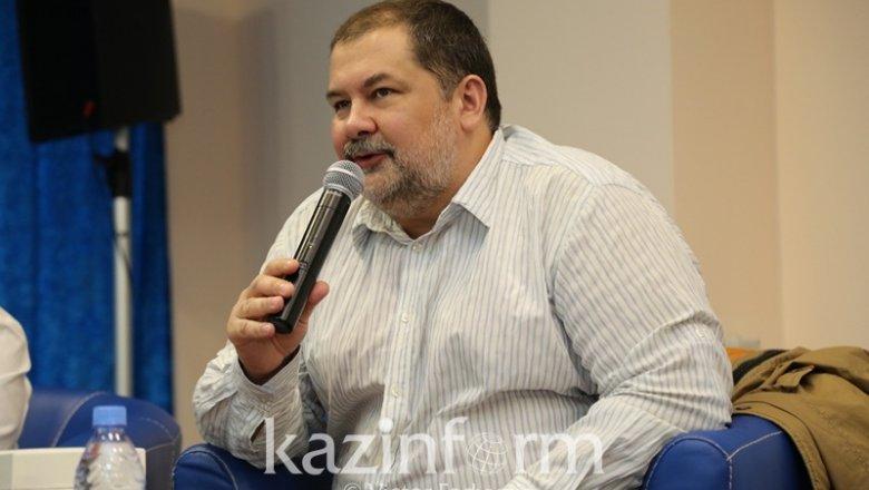 ВАтырау сразмахом отмечают День единства народов Казахстана