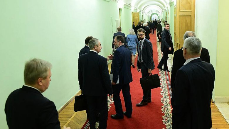 Руководитель Петербурга освободил отдолжностей четырёх вице-губернаторов