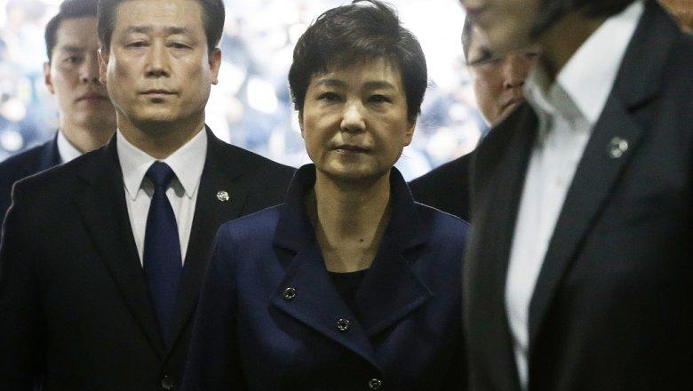Генпрокуратура Южной Кореи предъявит обвинения экс-президенту страны