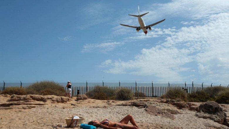 В ВОЗ оценили возможность возобновления международного туризма0