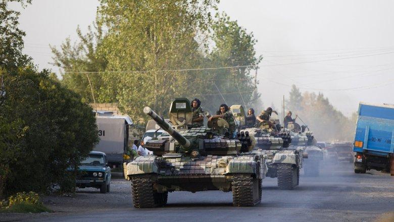 Азербайджан объявил оночных обстрелах состороны Карабаха