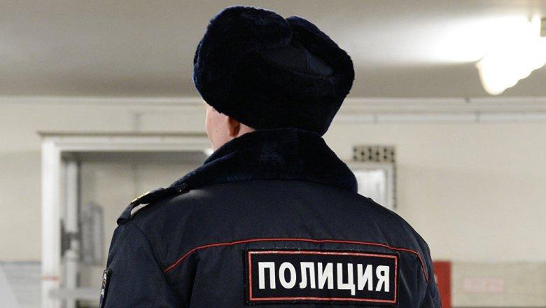 Саратовские полицейские устроили дебош встриптиз-клубе