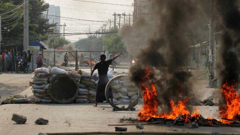 С 1 февраля в Мьянме убито 250 и арестовано 2 665 человек0