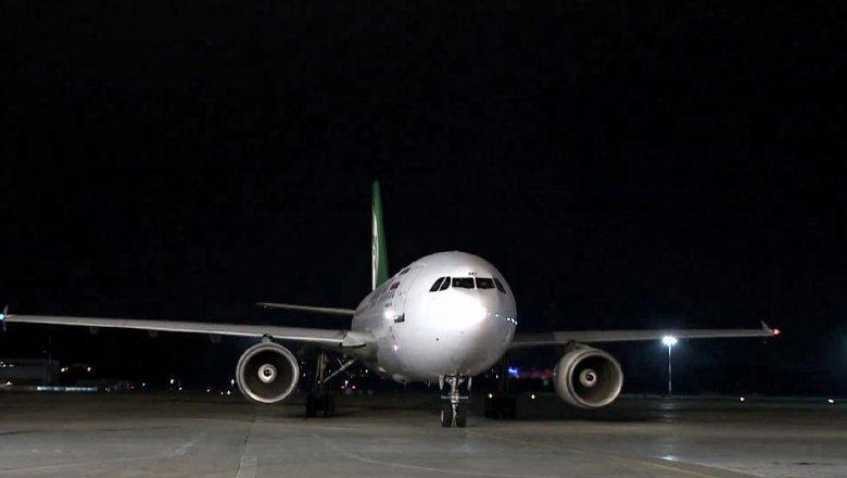 Пьяные пассажиры на1,5 часа задержали вылет рейса Москва— Сочи