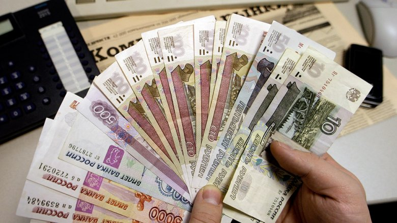 Жители России набрали кредитов «дозарплаты»