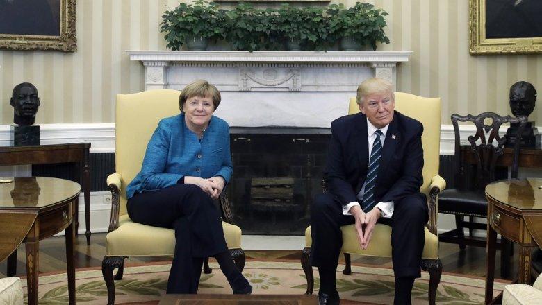 Трамп признался, что уних сМеркель «невероятная химия» вотношениях