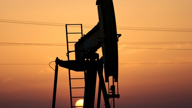 Цены на нефть упали до минимума с начала 2018 года