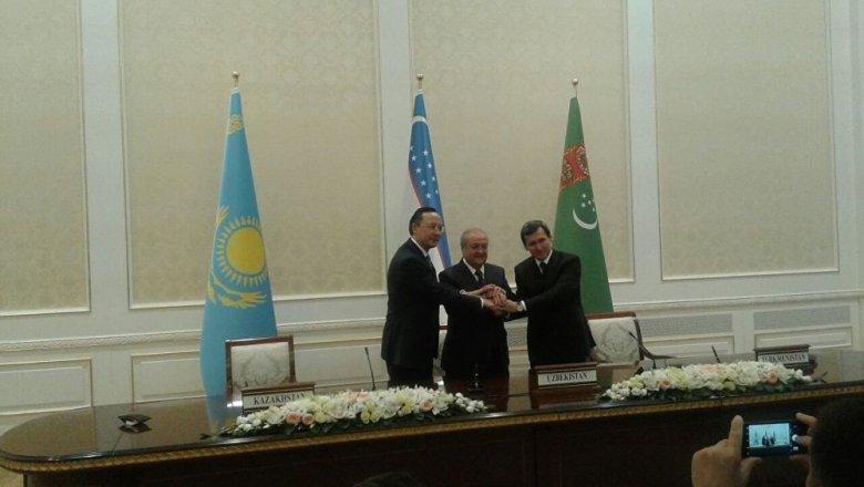 Казахстан, Туркмения иУзбекистан состыковали границы наУстюрте