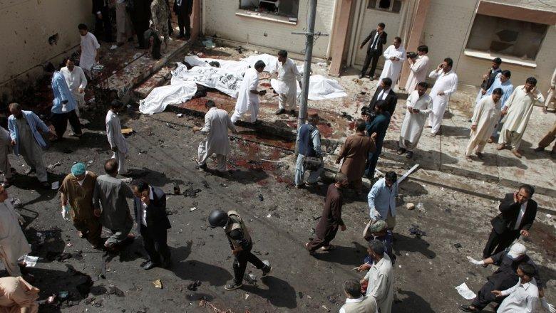 ИГИЛ взял насебя ответственность затеракт вПакистане