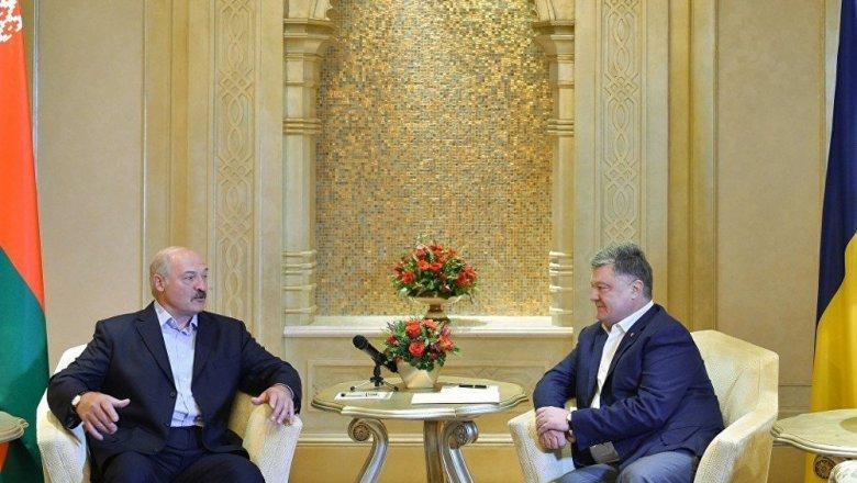 Встреча вОАЭ: Лукашено уверил Порошенко врасширении торговых связей