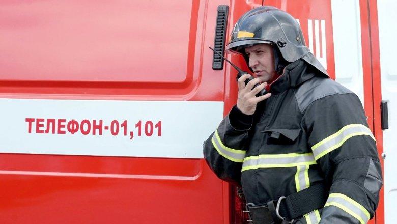 Вцентре Ростова-на-Дону загорелась крыша многоквартирного дома