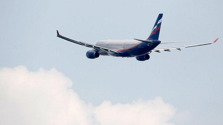 Птица угодила  в мотор  самолета при посадке вТомске