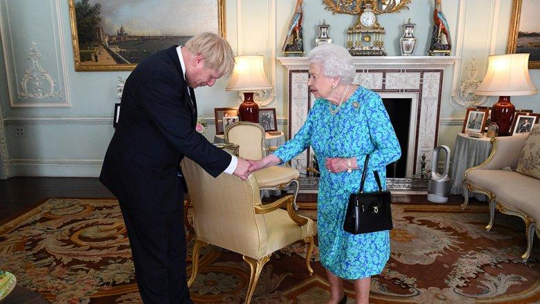 Джонсон стал премьером Британии