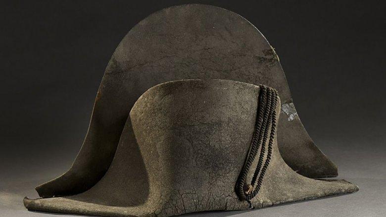 Шляпу, вкоторой Наполеон проиграл при Ватерлоо, продали зарекордную сумму