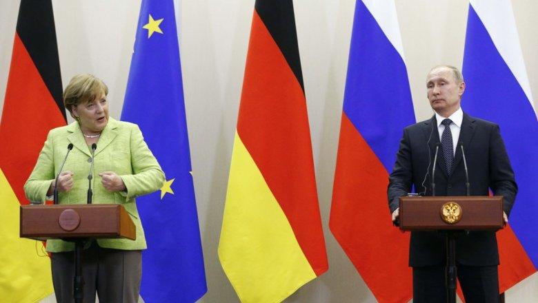 Подрыв автомобиля ОБСЕ вДонбассе необходимо достаточно серьезно расследовать— Путин