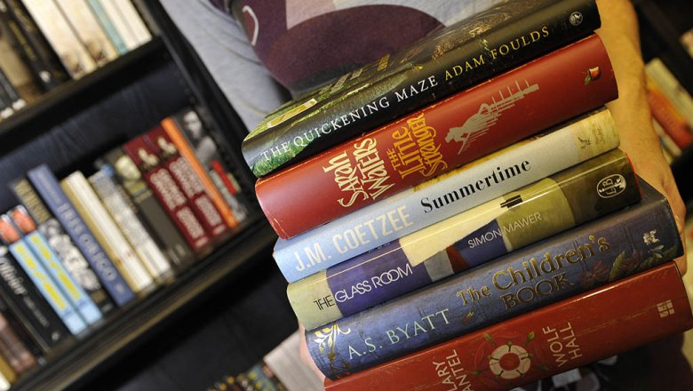 Букеровская награда назвала 5 наилучших книжек за50 лет