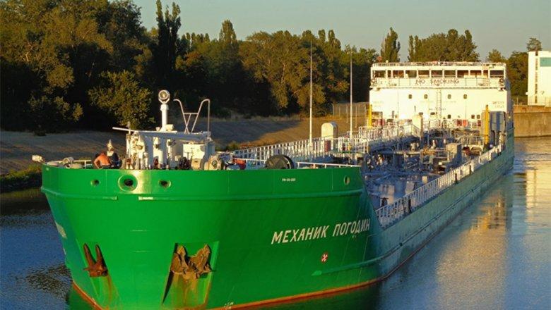Экипаж схваченного вгосударстве Украина танкера «Механик Погодин» вернули в РФ