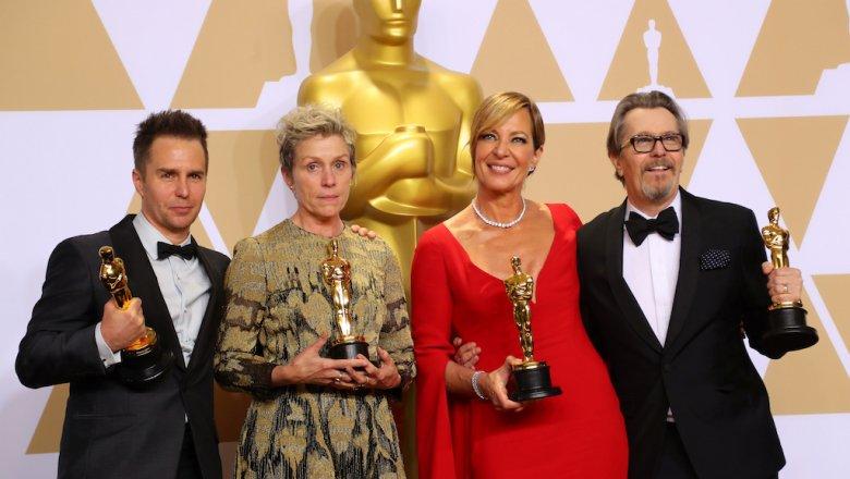 «Оскара» за лучший фильм удостоена картина про любовь уборщицы и амфибии