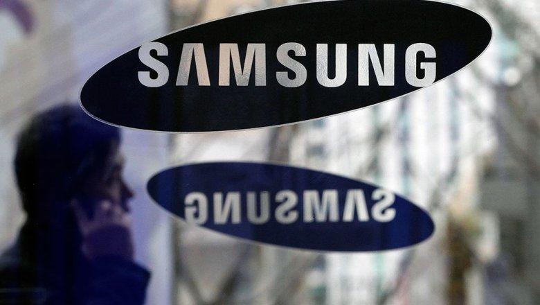 Компания Samsung принудительно отключит оставшиеся вобращении Galaxy Note 7. Обэтом сообщает телеканал NBC соссылкой напресс-службу корпорации.