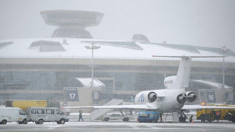 Аэрофлот отменил 14 рейсов из-за снегопада в столицеРФ