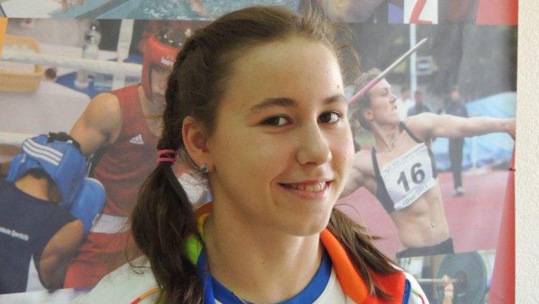 НаОлимпиаде дебютировала 17-летняя красноярская пловчиха
