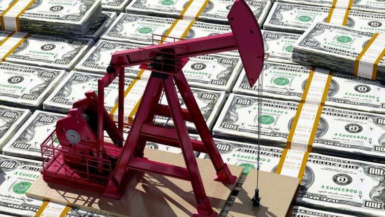 Курс доллара понизился до 417 тенге на фоне растущих цен на нефть