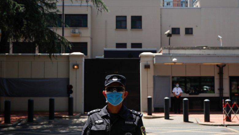 Китайские власти закрыли генконсульство США в Чэнду