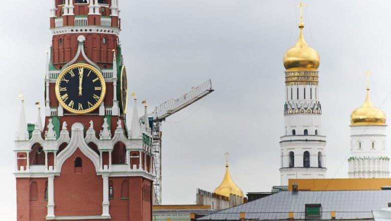 Путин передал ценные подарки музеям Кремля