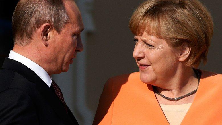 По телефону: Путин и Меркель обсудили поставку российского газа в Европу через Украину