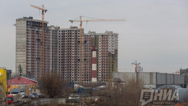 Наостановке городского автомобильного транспорта вНижнем Новгороде найден труп мужчины
