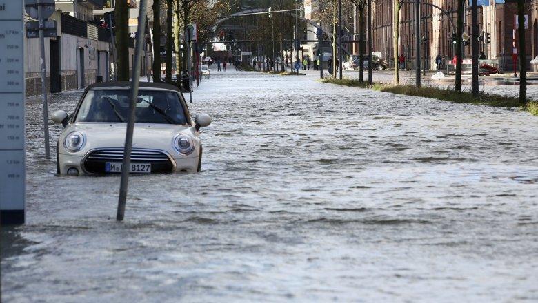 Число погибших урагана «Герварт» вевропейских странах выросло до 5 человек