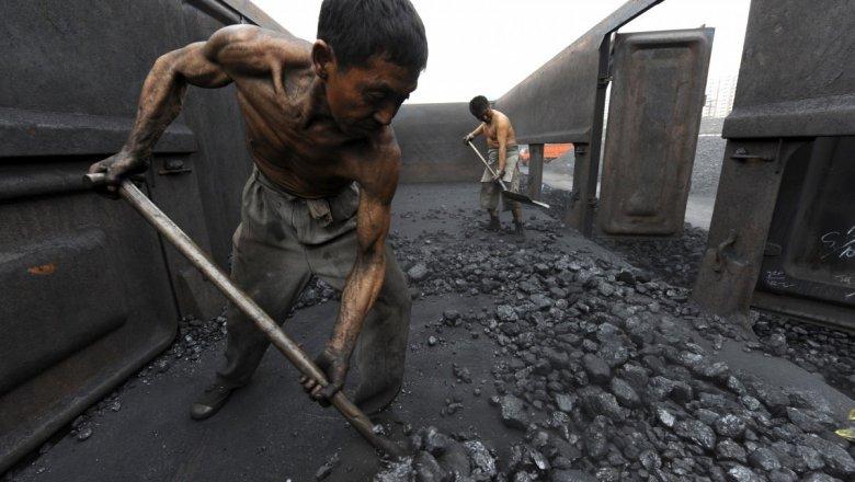 Трудно отыскать смысл врешении Порошенко закупать уголь вСША— Андрей Колесник