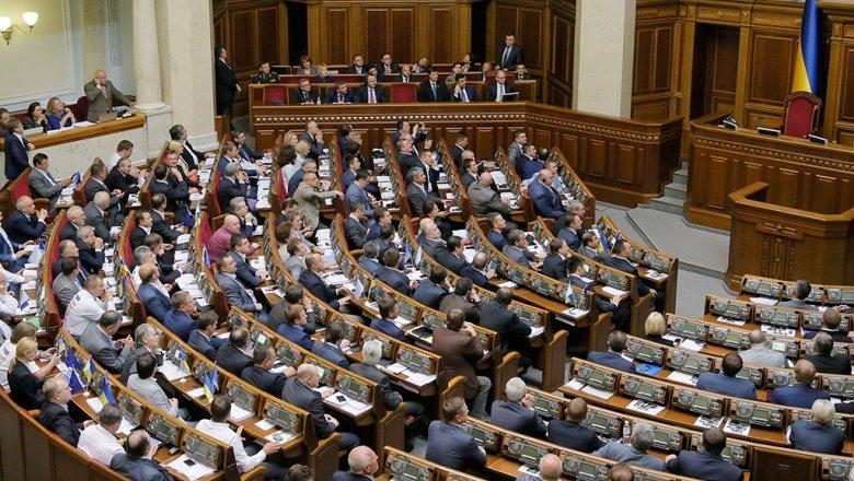 Украина заочно арестовала 44 российских самолета из-за полетов в Крым