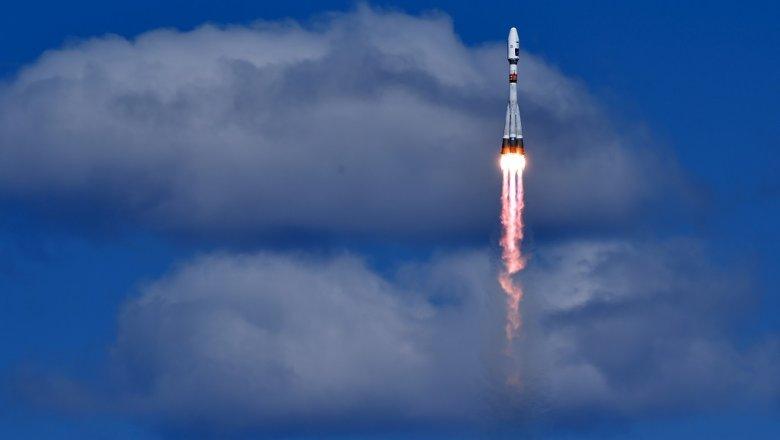 С «Байконура» стартовала ракета «Зенит-2SБ» спервым ангольским спутником
