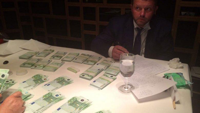 Никита Белых опровергает свою вину, суд изберёт меру пресечения завтра