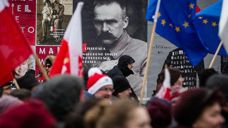Лукашенко поздравил сДнем независимости Польшу