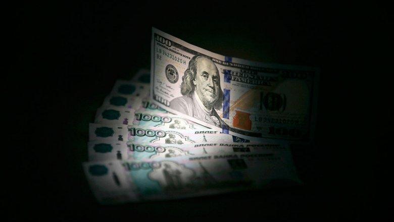 Укрепление или обвал? Что ждет рубль, доллар и евро зимой