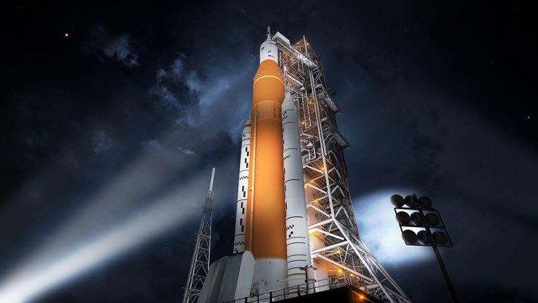 Запуск американской сверхтяжелой ракеты показали навидео