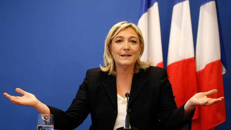 Франция заморозила безвиз из-за возможной победы Марин ЛеПен