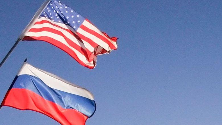 Тиллерсон объяснил новые санкции США желанием улучшить отношения сРоссией