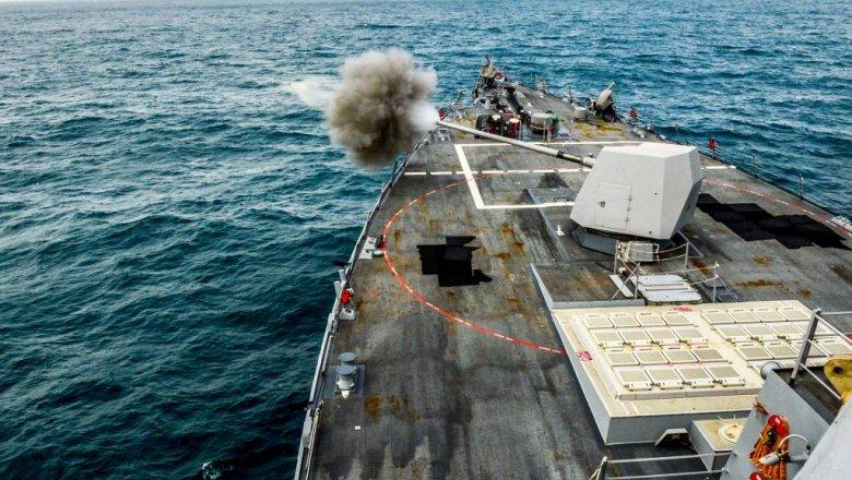 США потребовали не приближаться к их кораблям в Персидском заливе ближе, чем на 100 м