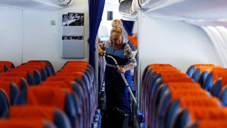 Полицейские вернули забывчивому пассажиру самолета Москва— Владивосток 2 млн руб.