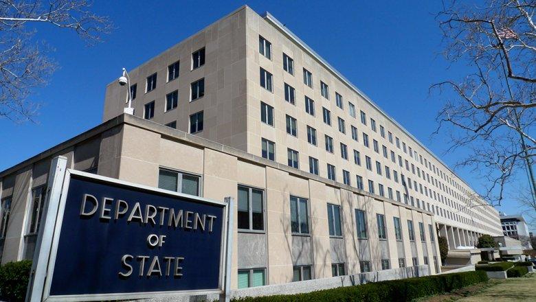 Попытки изменить закон чужой страны. США призвали Россию отменить закон об «иностранных агентах» и следовать международному законодательству в области защиты прав человека.