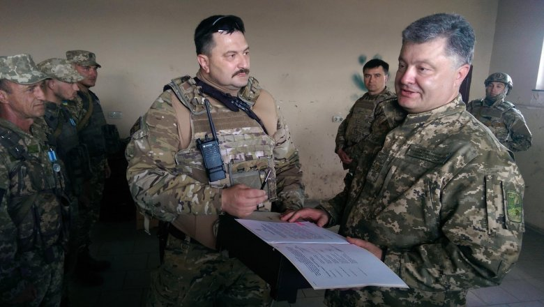 Порошенко: вУкраинском государстве уже могла объявляться восьмая волна мобилизации