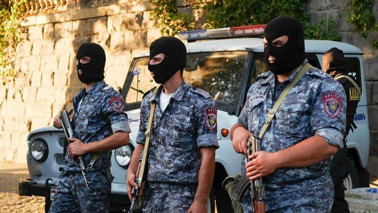 ВЕреване полковник милиции совершил налет набанк, убив человека