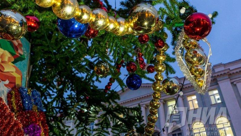 Нановогодние елки вНижнем Новгороде можно приобрести «подвешенный билет»