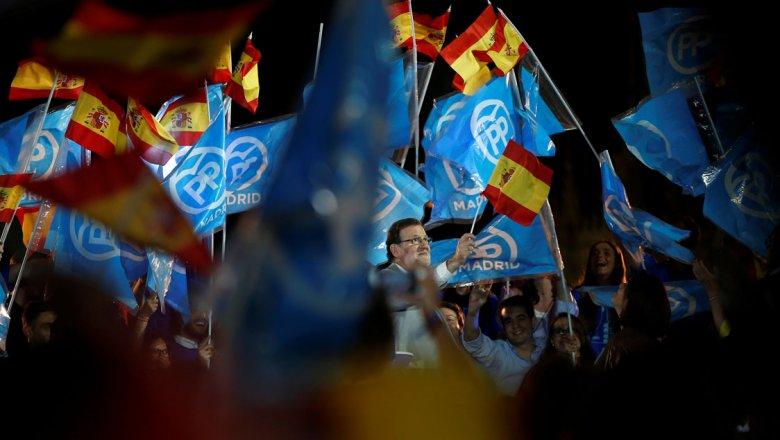 В Испании началось голосование на парламентских выборах